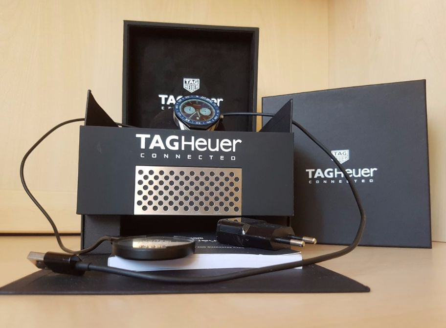 TAG Heuer Connected Modular 45 Verpackung